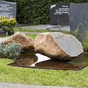 Stenen voor dubbel graf